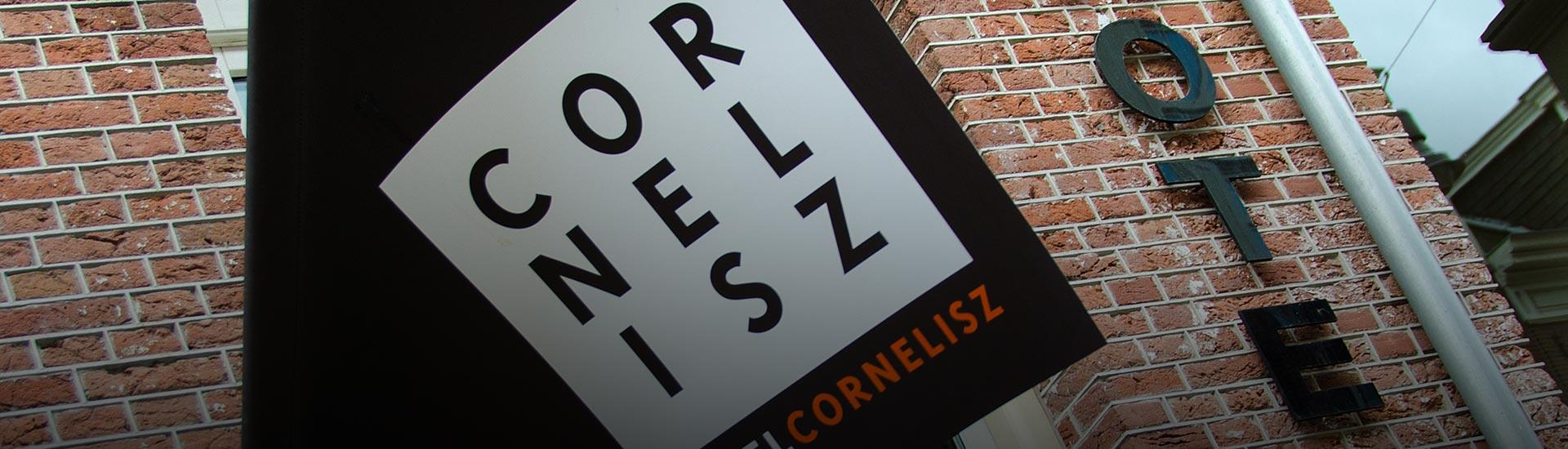 Contact hotel cornelisz for Contact hotel